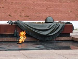 В СОУНБ будет работать выставка артефактов времен ВОВ, приуроченная ко Деню неизвестного солдата