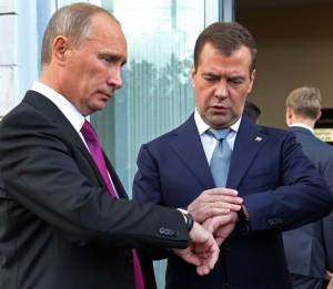 Медведев заявил о поддержке кандидатуры «успешного президента» Путина