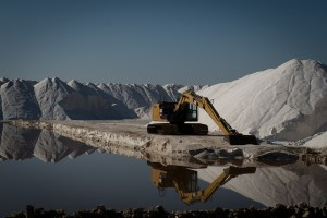 Производители соли заявили о риске срыва программы импортозамещения