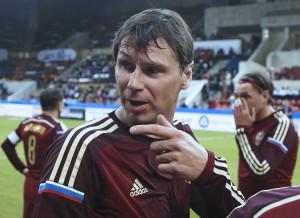 Бывший капитан сборной России по футболу Егор Титов назвал Уругвай фаворитом группы А