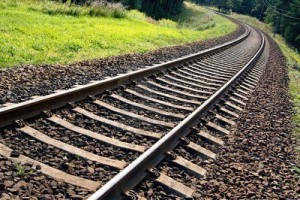 Около Чапаевска под колесами грузового поезда погиб мужчина