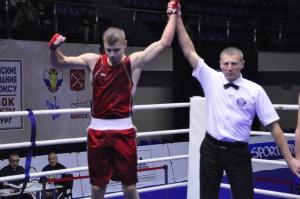Александр Шешунов из Безенчука  завоевал серебро всероссийских соревнований по боксу среди юниоров