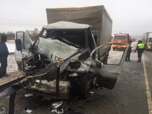 Смертельное ДТП в Сергиевском районе: ГАЗ-331061 столкнулся с грузовиком «Volvo»