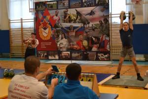 В Рощинском прошел чемпионат 2-ой гвардейской армии по гиревому спорту