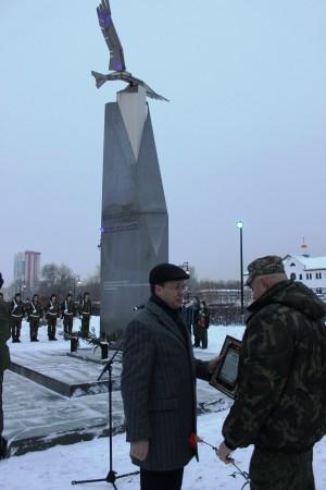 Дмитрий Микель вместе с тольяттинцами почтил память героев Отечества