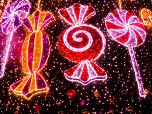 Техническая ошибка подрядчика стала причиной неправильной маркировки детских новогодних подарков в Новокуйбышевске