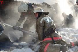 В Сызрани горел склад строительных материалов