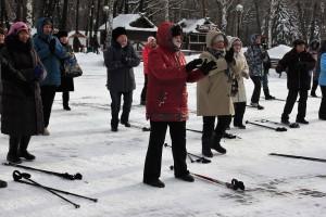 Проект «Скандинавская ходьба: в парки за здоровьем» стартовал в самарском парке Гагарина