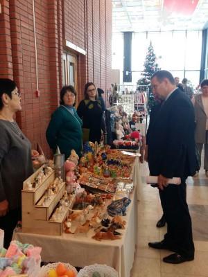 В Самаре открылась выставка, на которой представлены изделия более чем 80 самарских мастеров