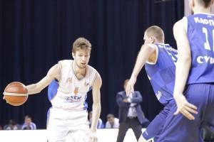 Баскетболисты «Самары» на своей площадке переиграли чемпионов Суперлиги