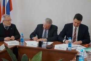 Подписано соглашение о взаимодействии между  облизбиркомом и Общественной палатой Самарской области