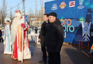 Российский Дед Мороз зажёг огни новогодней ёлки в Тольятти