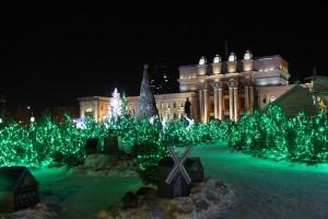 Усадьба самарского Деда Мороза на площади Куйбышева откроет свои двери  для юных посетителей  26 декабря