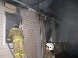 Крупный пожар в Шигонском районе: горел дом и постройки на 150 кв. метрах