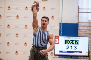 Команда 2-й общевоинской армии выиграла чемпионат ЦВО по армейскому гиревому рывку