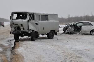 В Нефтегорском районе водитель УАЗа выехал на