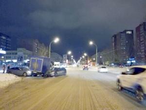В Тольятти столкнулись ГАЗ-2325 и Hyundai Solaris