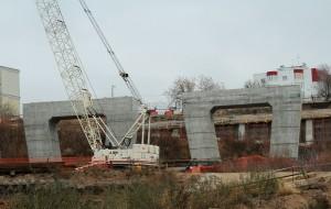 Подрядчик представил фотоотчет о строительстве Фрунзенского моста