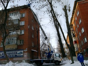 В праздничные дни УК «ЖКС» продолжит ежедневную уборку снега из дворов