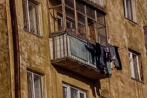 В Самаре разбилась женщина, упавшая с седьмого этажа