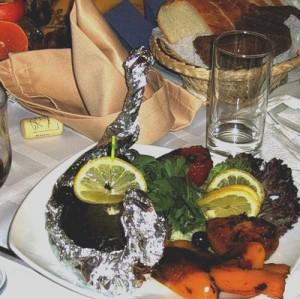 Роспотребнадзор посоветовал не пропускать 31 декабря завтрак и обед